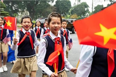 Nhà Trắng ghi lại hình ảnh người Việt hồ hởi chào đón thượng đỉnh Mỹ - Triều 7
