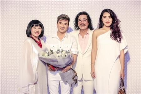 Hồ Ngọc Hà, Hương Giang, Bảo Anh đọ sắc cùng dàn mỹ nhân Việt đình đám tại sự kiện 8