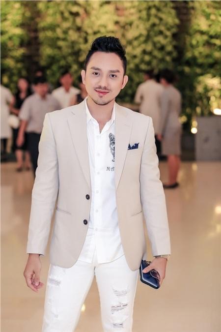 Hồ Ngọc Hà, Hương Giang, Bảo Anh đọ sắc cùng dàn mỹ nhân Việt đình đám tại sự kiện 12