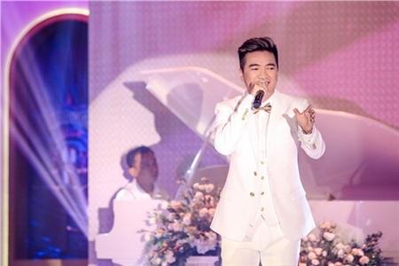 Hồ Ngọc Hà, Hương Giang, Bảo Anh đọ sắc cùng dàn mỹ nhân Việt đình đám tại sự kiện 15