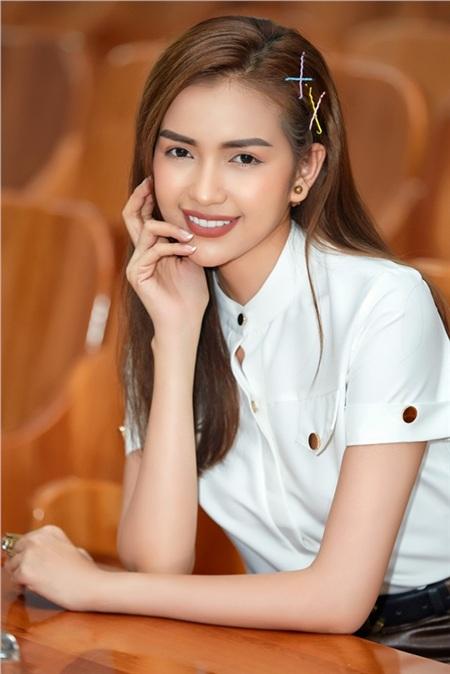 Hoa hậu Ngọc Châu ngồi ghế giám khảo, xúc động trước tài năng của người khuyết tật 1