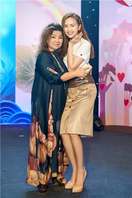 Hoa hậu Ngọc Châu ngồi ghế giám khảo, xúc động trước tài năng của người khuyết tật 4