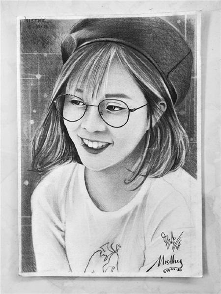 Nam sinh 18 tuổi vẽ tranh truyền thần y như thật, tự nhận thích nhất vẽ Sơn Tùng MT-P 3