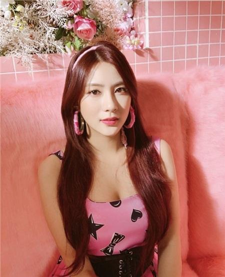 Điểm chung của dàn Idol Kpop 'hot hit' sinh năm 1996: Concept đáng yêu hay sexy đều cân được tất! 21