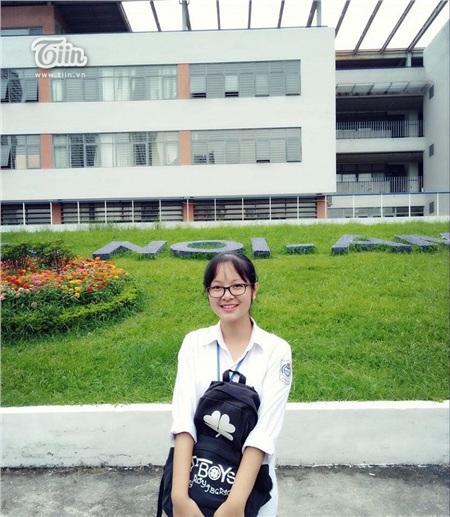 Thanh Thảo trở thành Tân thủ khoa Học viện Báo chí 2019 khoa Quan hệ quốc tế