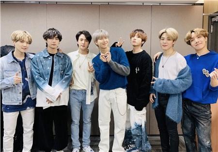 BTS chính thức hé lộ sẽ có họp báo trực tuyến ngày ra mắt album mới, ARMY toàn cầu tha hồ xem! 3