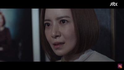 Hôn nhau mãnh liệt dưới mưa, Hyun Bin - Park Shin Hye giúp 'Memories of the Alhambra' đạt kỷ lục rating mới 0