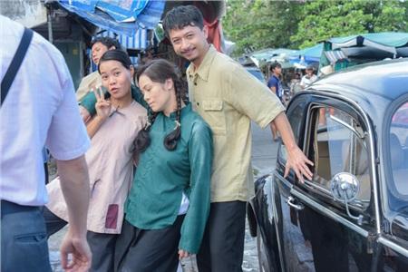 'Tiếng sét trong mưa': Hé lộ loạt ảnh thân mật chưa hề xuất hiện của Lũ và Thị Bình ở 24 năm trước 1