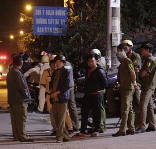 Gay cấn cuộc vây bắt trong đêm: Đặc nhiệm bí mật đưa dân ra ngoài, Tuấn 'khỉ' bị tiêu diệt